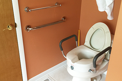 Raised Toilet Seats and Commodes